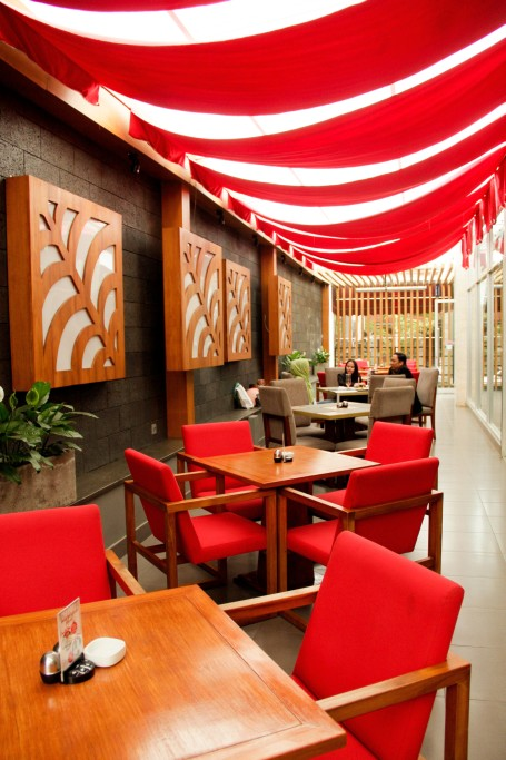 Nuansa merah Venesia Restaurant
